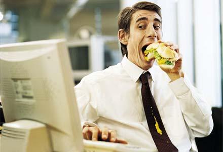 אוכלים במשרד